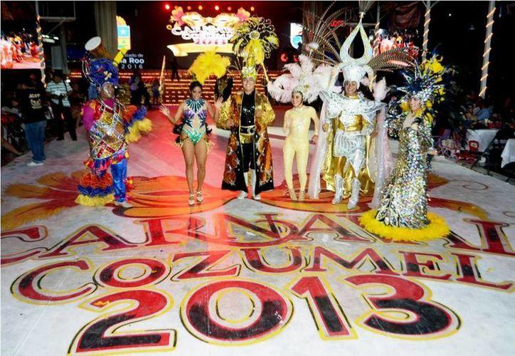 Los ganadores que representarán las fiestas carnestolendas. (Redacción/SIPSE)