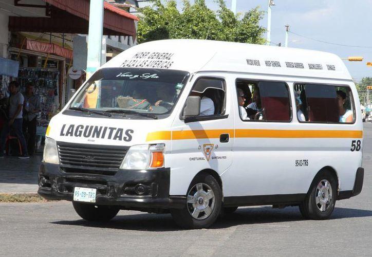 Existen otros 79 taxis en la Ribera del Río Hondo, 13 en Nicolás Bravo y 10 más en la comunidad de Ucum. (Eddy Bonilla/ SIPSE)