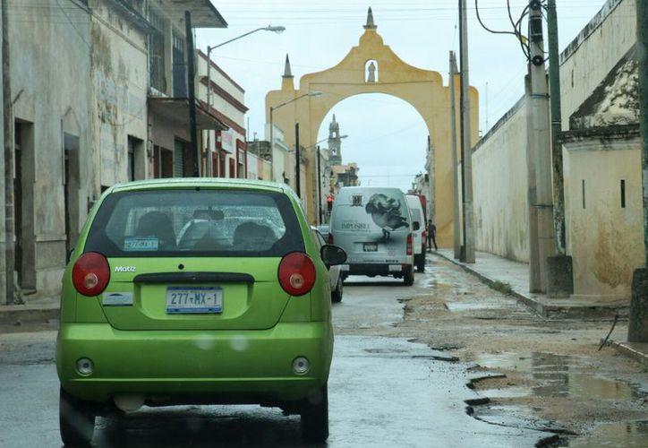 La Ciudad Blanca amaneció con nublados y precipitaciones intermitentes. (Fotos: José Acosta/ Milenio Novedades)