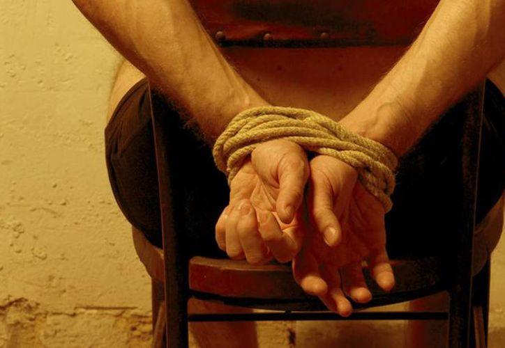 En el 35% de los casos de tortura que se denuncian están involucrados servidores públicos y policías. (Imagen de contexto/vanguardia.com.mx)
