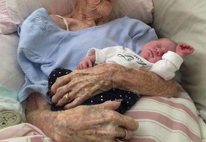 """Esta es la imagen publicada por la revista """"Life of Dad"""" en su página de Facebook el 18 de marzo pasado y que ha causado sensación."""