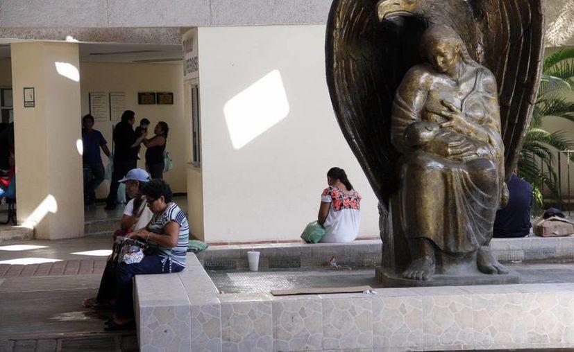 De acuerdo con reportes, entre 2011 y 2012, Yucatán tuvo 206 casos masculinos de VIH y 124 casos femeninos. (SIPSE)