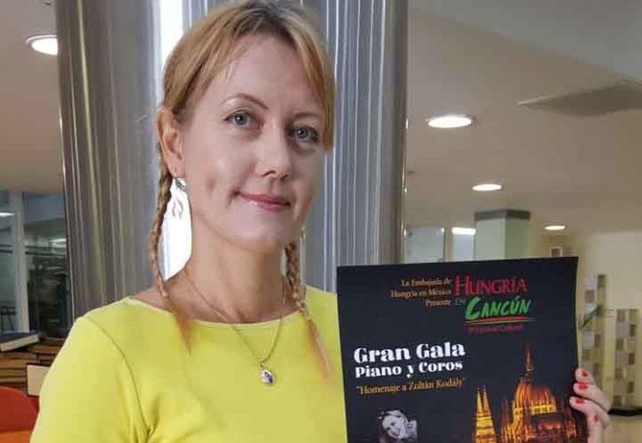 "Emöke Ujj presentó el festival cultural ""Hungría en Cancún"". (Jocelyn Díaz/SIPSE)"