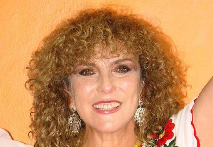 La senadora Luz María Beristáin Navarrete dio a conocer, en conferencia de prensa, que exhorto al Senado la institución del día. (Manuel Salazar/SIPSE)