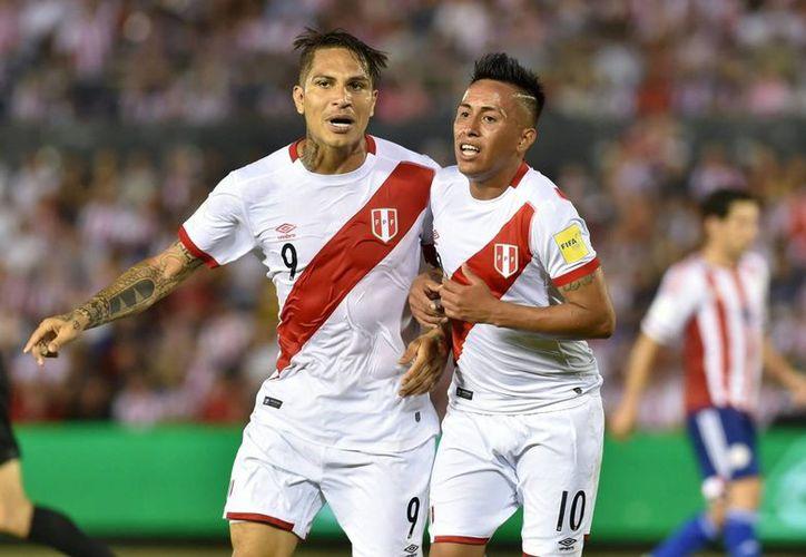 Los peruanos llegaron a 14 puntos con esta victoria, aún fuera de los lugares para el Mundial de Rusia. (Facebook/ Conmebol)