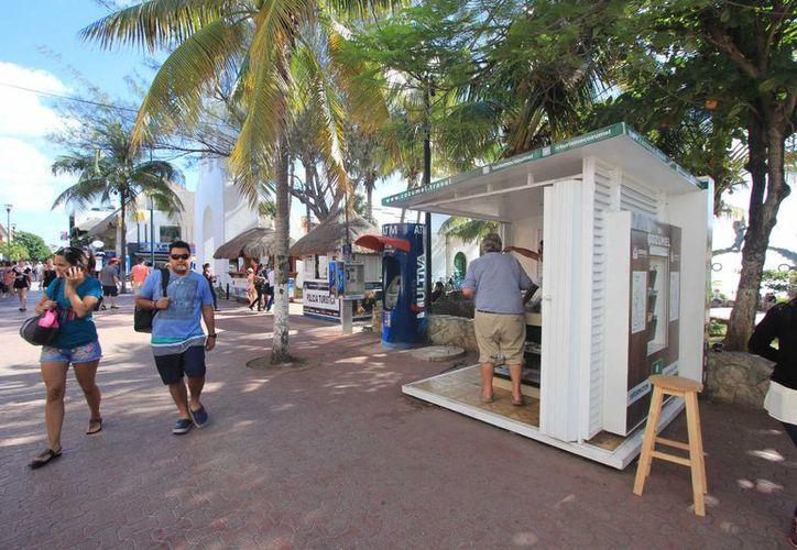 La dirección de Turismo de Cozumel asegura que mensualmente se atienden entre 500 y mil personas. (Gustavo Villegas/SIPSE)