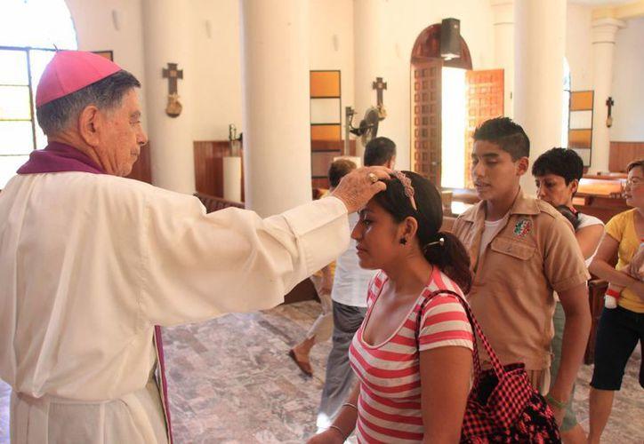 La misa para la imposición de Ceniza será en la Catedral del Sagrado de Corazón de Jesús. (Redacción/SIPSE)