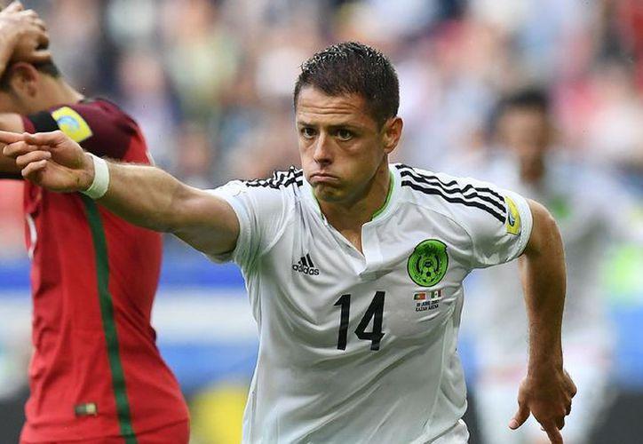 Javier Hernández ha sido titular en dos de los tres partidos del Tri en esta Copa Confederaciones. (Foto: Contexto/Internet)