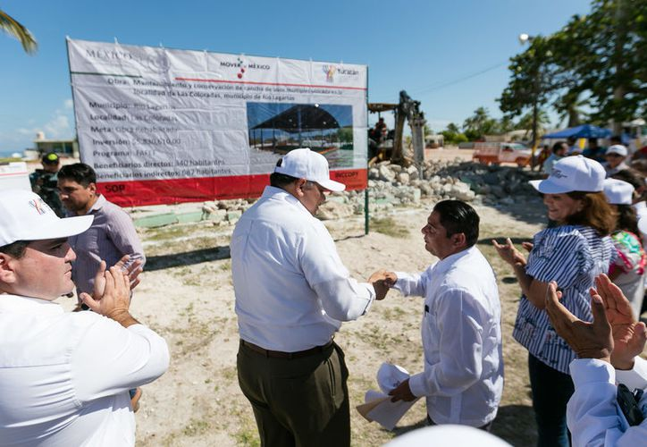 El titular del Poder Ejecutivo, Rolando Zapata Bello, realizó una gira de trabajo por esos poblados. (Milenio/SIPSE)