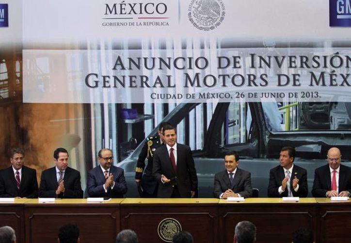 Peña Nieto durante el anuncio de la inversión de General Motors en México. (Notimex/Archivo)