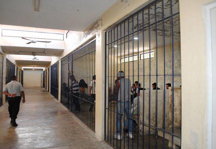 Remitieron a 22 mil infractores en el centro el año pasado. (Eric Galindo/SIPSE)