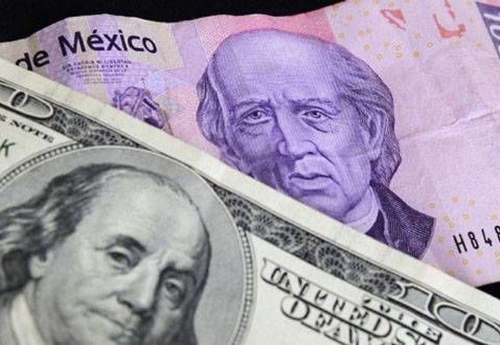 Especialistas en economía hicieron referencia a las afectaciones que tendrán los ciudadanos mexicanos que viajarán al extranjero.(periodicodigital.mx)