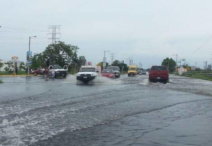 Hasta alrededor de las 14:00 horas se habían registrado daños en 20 municipios a consecuencia de 'Fernand'. (Milenio)