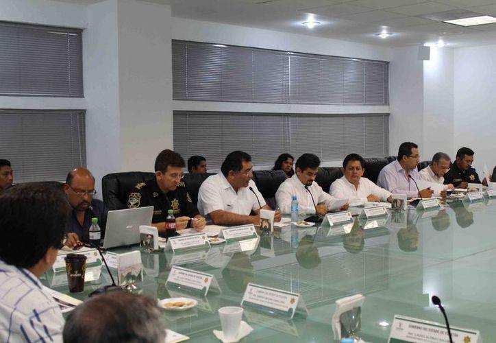 Imagen de la sesión extraordinaria del Consejo Consultivo de Tránsito y Vialidad. (Milenio Novedades)