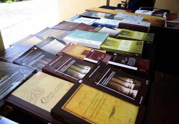 El objetivo es difundir la cultura de la legalidad, de los derechos humanos, jurídica, en otros temas a través de los libros. (Harold Alcocer/SIPSE)