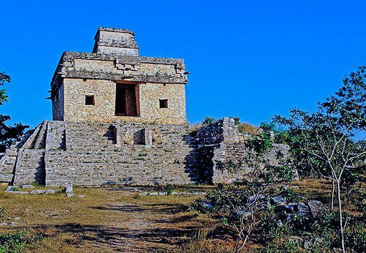 [La zona arqueológica de Dzibilchaltún se encuentra cercana a la comunidad de Chablekal, donde se han denunciado despojos de tierras ejidales, según mediante acciones fuera de la ley. (Milenio Novedades)