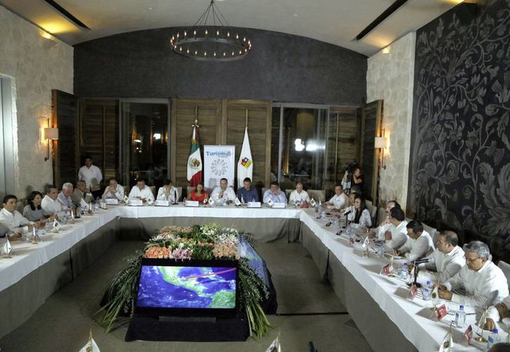 Conferencia de la Conago que se realizó en el hotel Punta Nizuc. (Israel Leal/SIPSE)