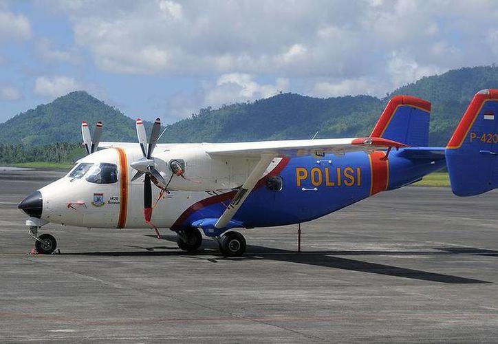 El avión, un M28 Skytruck para cargas ligeras y pasajeros, transportaba a ocho pasajeros y cinco tripulantes. (netAirspace)