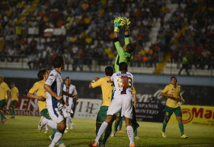 Brayan Martínez hizo uno de los goles del CF Mérida, ganador ante Atlante en partido de la Copa MX. (SIPSE)