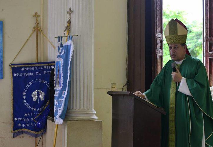 Horas antes de la canonización de la Madre Teresa el Arzobispo Gustavo Rodríguez habló sobre ella en su homilía en la misa con el Apostolado Mundial de Fátima. (SIPSE)