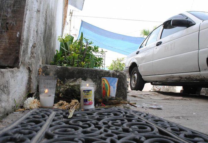 """José, mejor conocido como """"ito"""" se encontraba afuera de su casa cuando empezaron los disparos. (Eric Galindo/SIPSE)"""