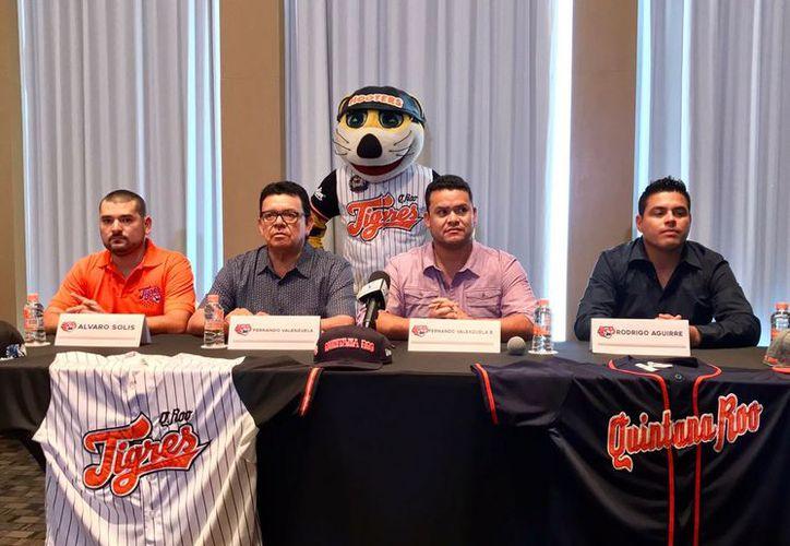 La directiva de Tigres de Quintana Roo respaldó su compromiso con la afición cancunense. (Raúl Caballero/SIPSE)