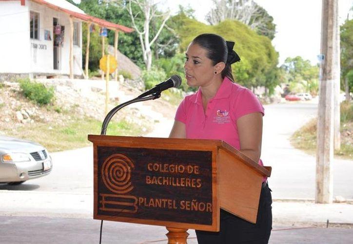 Alejandra Novelo de Carballo, presidenta del Sistema para el Desarrollo Integral de la familia (DIF). (Manuel Salazar/SIPSE)