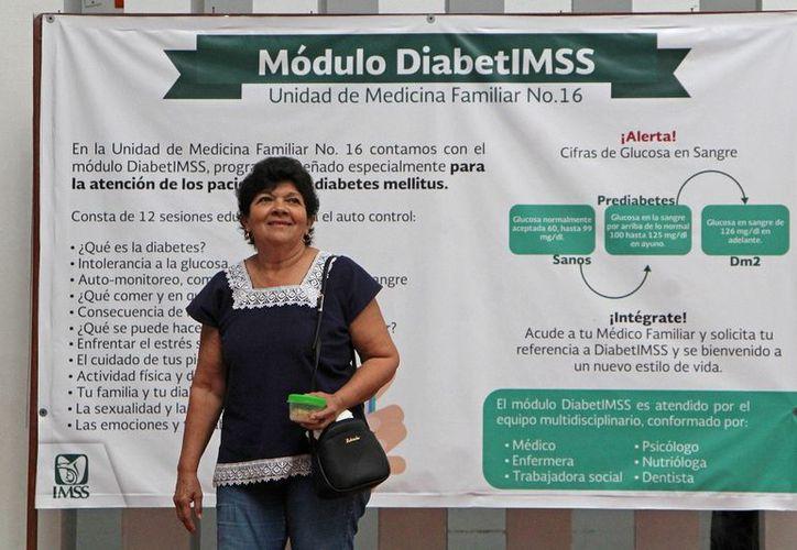 La diabetes es una enfermedad que conlleva a muchos otros padecimientos, como ceguera e insuficiencia renal, entre otros. (Paola Chiomante/SIPSE)