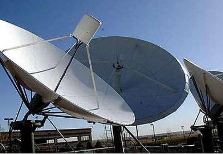 El tema de la retransmisión de los canales de tv abierta provocó fricciones entre las grandes televisoras y Dish. (Archivo/SIPSE)
