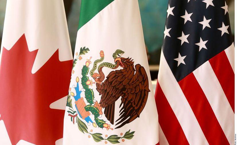 Según el protocolo por el que se sustituye el Tratado de Libre Comercio de América del Norte (TLCAN) por el T-MEC, el nuevo pacto comercial entraría en vigor el primer día del tercer mes siguiente a la última notificación. (Agencia Reforma)