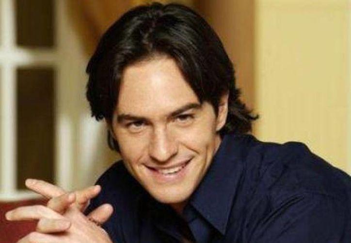"""El actor  Mauricio Ochmann continúa en la obra """"Veintidós veintidós"""" y quiere producir más cine. (Archivo SIPSE)"""