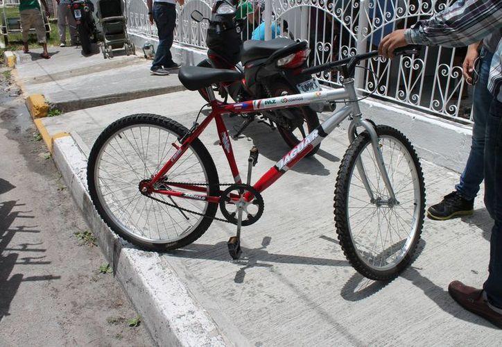 Los beneficiarios deberán de renovar su contrato, de lo contrario se les retirarán las bicicletas. (Harold Alcocer/SIPSE)