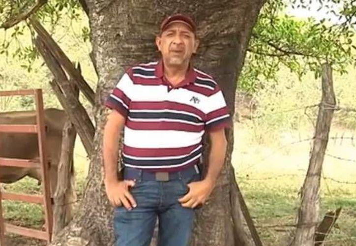 Todavía no se puede asegurar que Aquiles Gómez Martínez haya sido hermano de 'La Tuta', Servando Gómez, líder templario, por lo que el cadáver fue enviado al forense. (Captura de pantalla de YouTube)