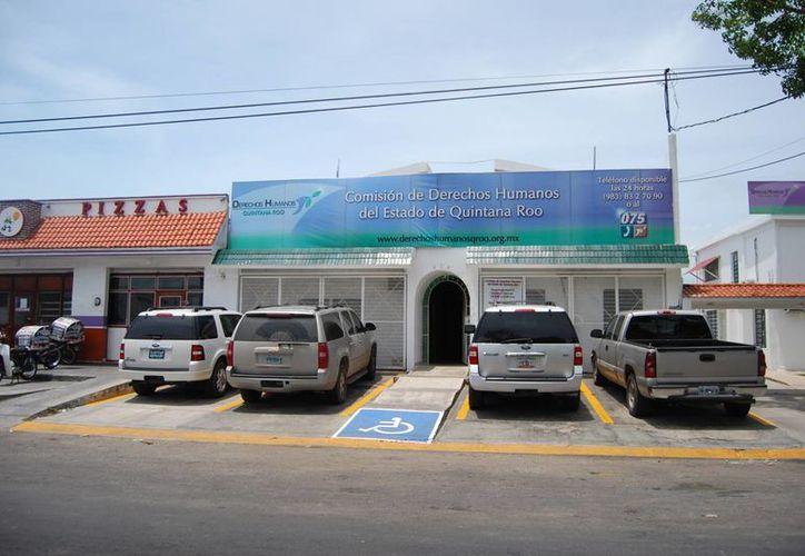 Hoy termina el plazo para que el Legislativo presente expedientes al cargo, que servirá como guía y apoyo al ombudsman de Quintana Roo. (Harold Alcocer/SIPSE)