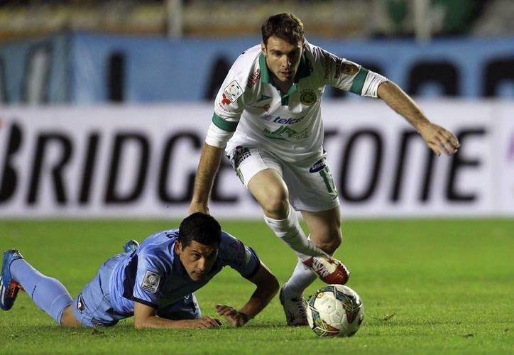 Mauro Boselli anotó a favor del León desde el minuto 3. Se presagiaba una goleada, que poco a poco se diluyó. (Agencias)