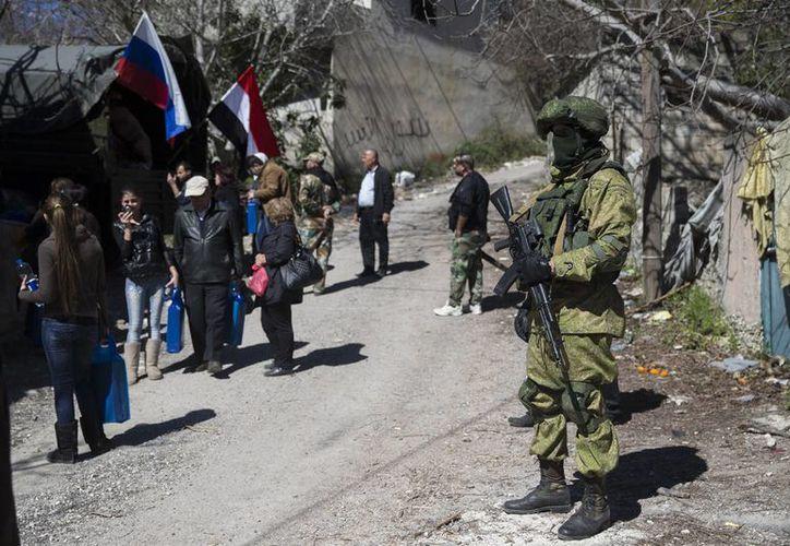 Imagen de contexto. Rebeldes recuperaron un paso fronterizo entre Siria e Irak, que estaba en manos del Estado Islámico. (AP/archivo)