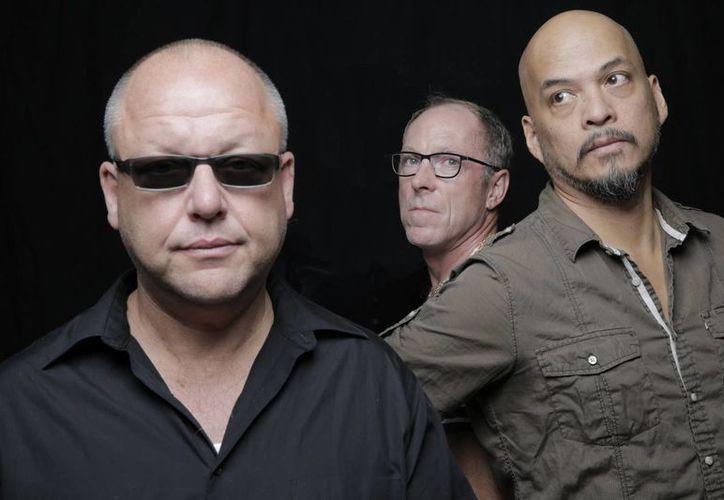 Pixies se presentará en noviembre en la Ciudad de México en el marco del festival musical Corona Capital. (herfitzpr.com)