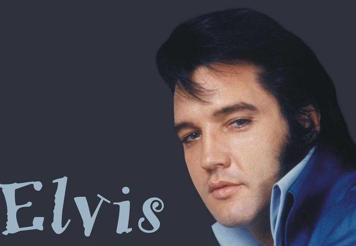 Elvis Presley es uno de los cantantes más famosos del siglo XX. (www.fanpop.com/Archivo)