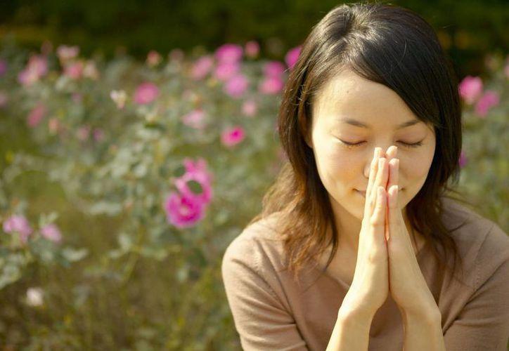 Llaman a revalorar la importancia de hablar con Dios. (SIPSE)