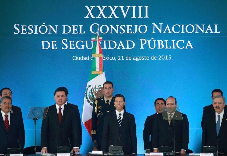 Peña Nieto ofreció una disculpa a la sociedad mexicana por el escándalo relacionado con su patrimonio familiar. El mandatario acudió al cierre de la 38 Sesión del Consejo Nacional de Seguridad Pública. (Notimex)