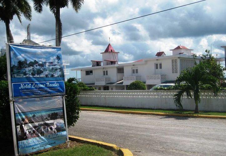 El sector hotelero de Bacalar sufrió la caída de la ocupación al cierre de la temporada vacacional. (Javier Ortiz/SIPSE)
