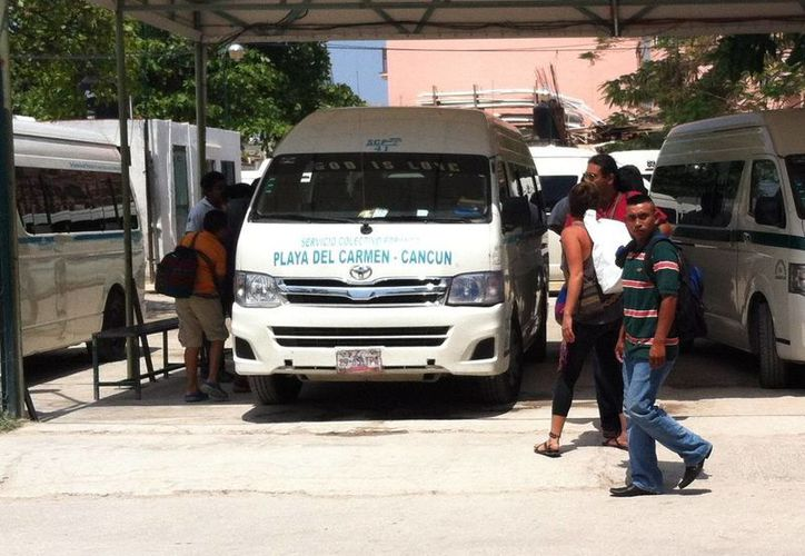 La demanda del servicio de transporte colectivo foráneo aún no ha llegado a su máxima capacidad. (Octavio Martínez/SIPSE)