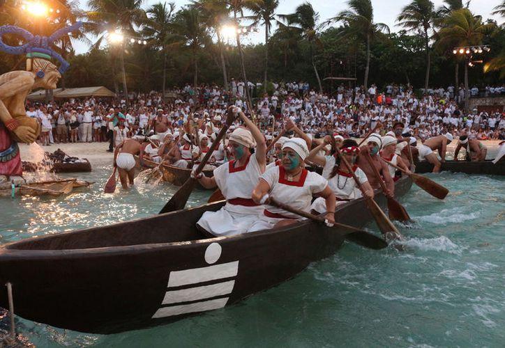 La salida de los 300 canoeros se realizará en cuanto amanezca frente a dos mil personas. (Foto: Adrián Barreto)