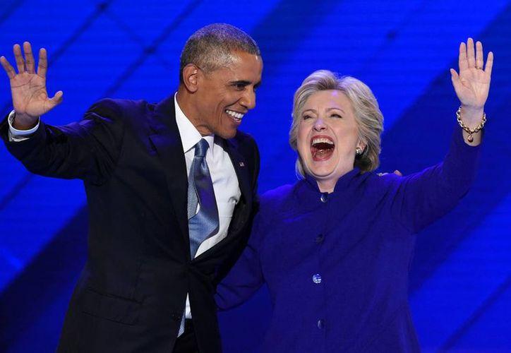 De acuerdo con una encuesta, Barack Obama y Hillary Clinton son los dos personajes más admirados por los estadounidenses. (Archivo/The Associated Press)