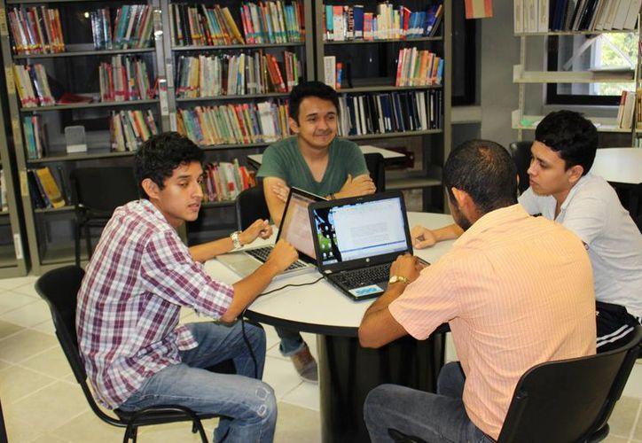 La Uqroo aplicará el primer examen de certificación de Cambridge a 22 alumnos. (Ángel Castilla/SIPSE)