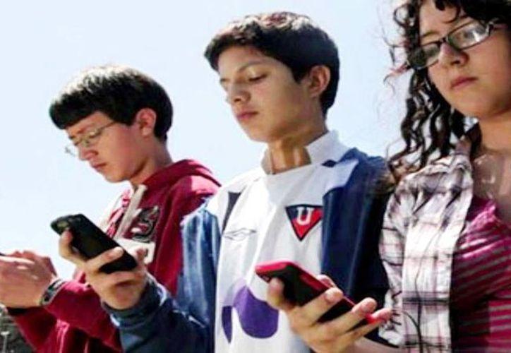 El uso de la tecnología ha generado una transformación en la comunicación familiar. (Internet)