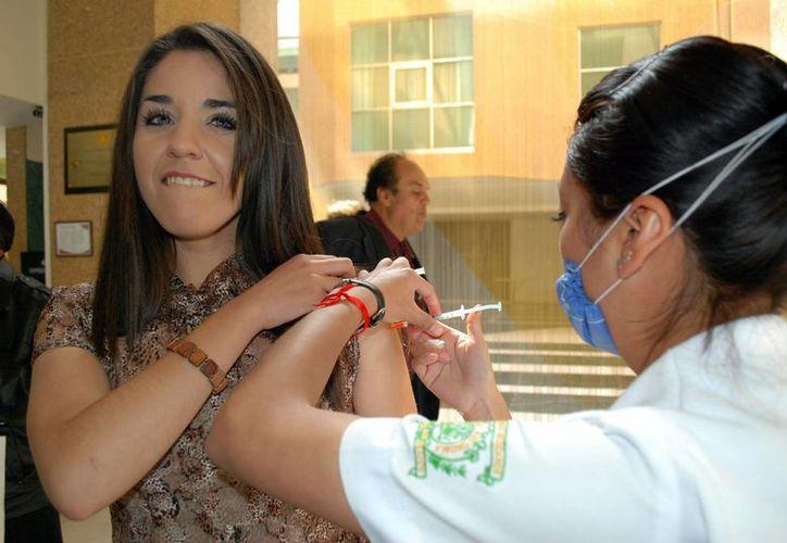 La SSA confirmó mil 517 casos de influenza AH1N1 en lo que va del año. (Notimex)