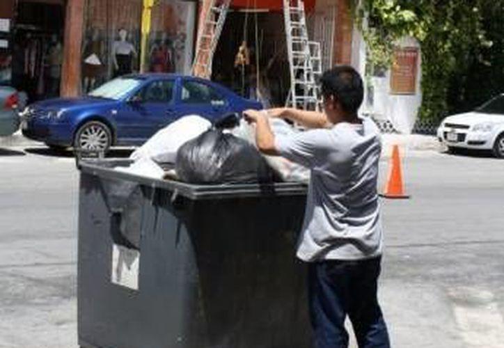 La acumulación de basura en estos días será mayor debido a las fiestas de carnaval del destino turístico. (SIPSE)