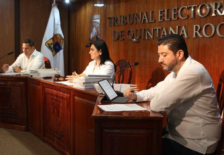 El Teqroo confirmó el acuerdo del Ieqroo para dejar fuera al ciudadano de la boleta de elección en Othón P. Blanco. (Joel Zamora/SIPSE)