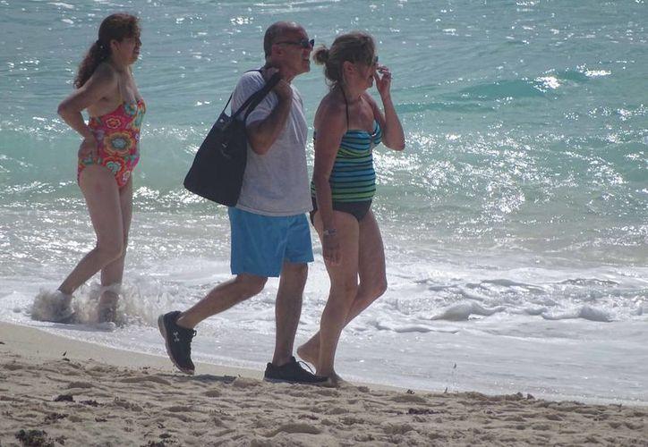 En Cancún son 665 mil 481 estadounidenses que vinieron en el mismo período de este año. (Miguel Ángel Ortíz/SIPSE)
